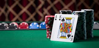 Does online gambling is trustworthy and convenient for the players to play?
